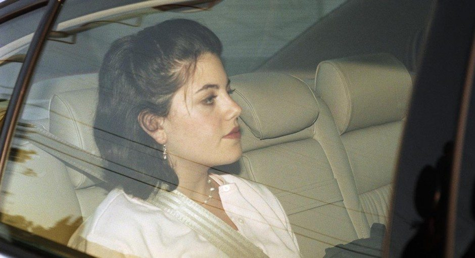Former White House intern, Monica Lewinsky leaves the family home in the Brentwood section of Los Angeles, May 26, 1998. Whitewater prosecutor Kenneth Starr has requested handwriting and voice samples as well as fingerprints from Lewinsky. (AP Photo/Nick Ut)