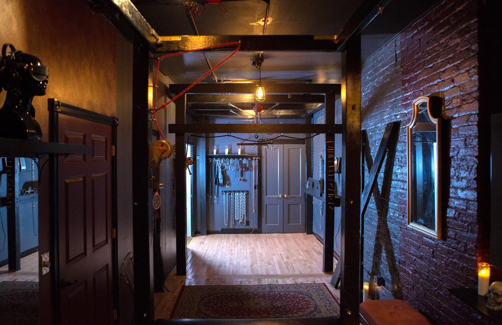 Chicago_BDSM_Rental6-1024x664