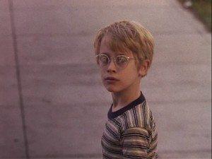Macaulay-Culkin-My-Girl-1991-02-my-girl-1991-26395139-720-540