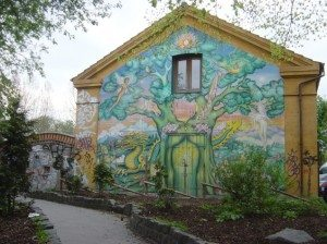 rp_christiania-mural-635x476.jpg